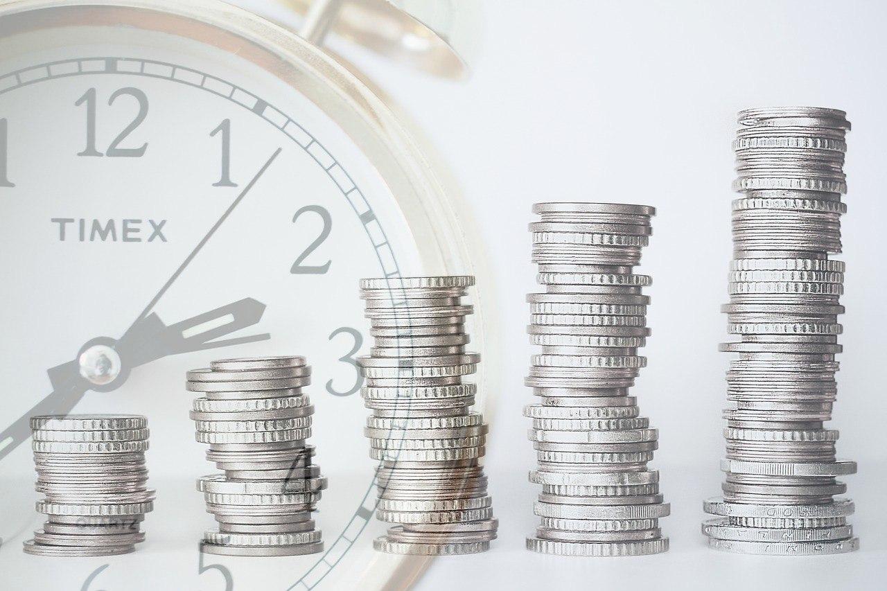 Куда можно инвестировать небольшую сумму денег: гайд для новичков (крипто)